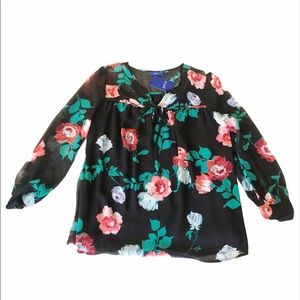 floral blouse NWT size Med in Black
